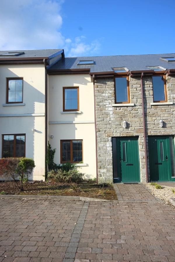 13 Orchard Green, Brooklawns, 1st Sea Road,Sligo