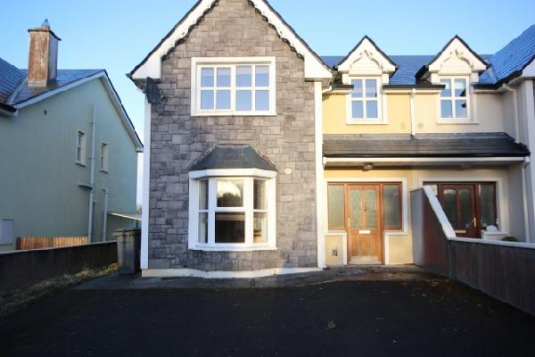 11 Teeling Grove, Tubbercurry, Co. Sligo