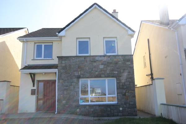 21 Earls Court, Ballymote, Co Sligo